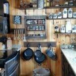 Малка кухня в рустик стил