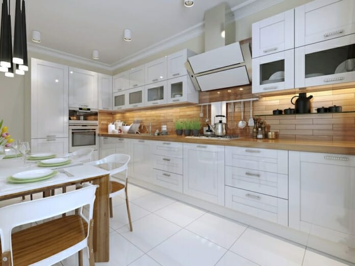 Дизайн на бели кухни