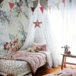 Декорация за детска стая за момиче