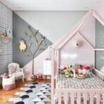 Приказна детска стая за момиче с легло къщичка