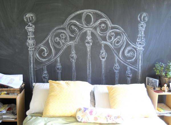 Нарисувана табла на легло