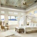 Идеи за романтична спалня с бял балдахин-6