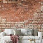 Тапет наподобяващ стара тухлена стена