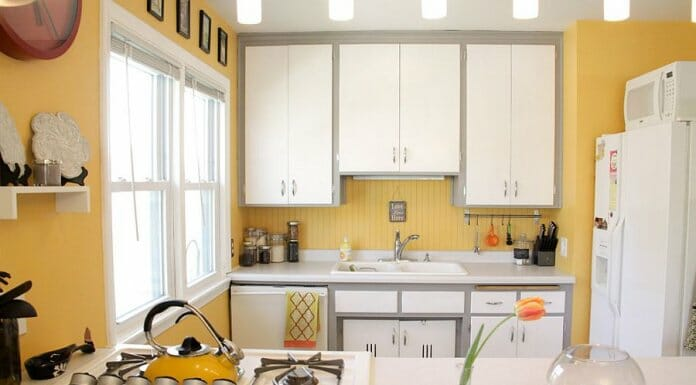 Фън Шуй кухня в бяло и жълто