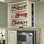 Интересни решения за кухненски рафтове за подправки