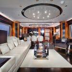 """Луксозен плаващ интериор от """"IDEA"""""""