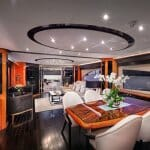 Луксозен плаващ интериор от български дизайнери