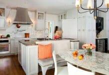 Кухня и трапезария с мраморни акценти