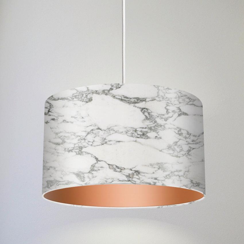 Мраморна лампа