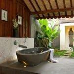 Очарователният вид на вани от естествен камък