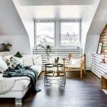 Тавански апартамент със скосен таван