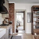 Кухня с тухлена стена