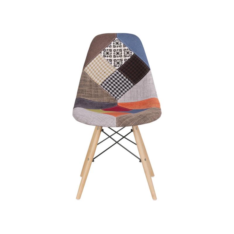Шарен стол в скандинавски стил-снимка отпред