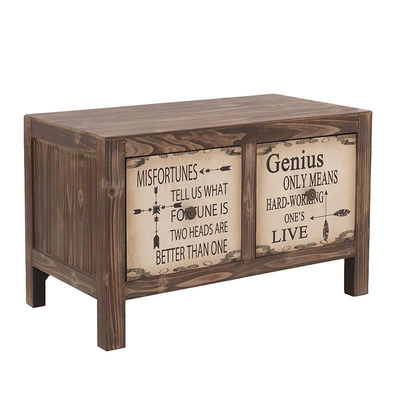 Нисък дървен шкаф с надписи