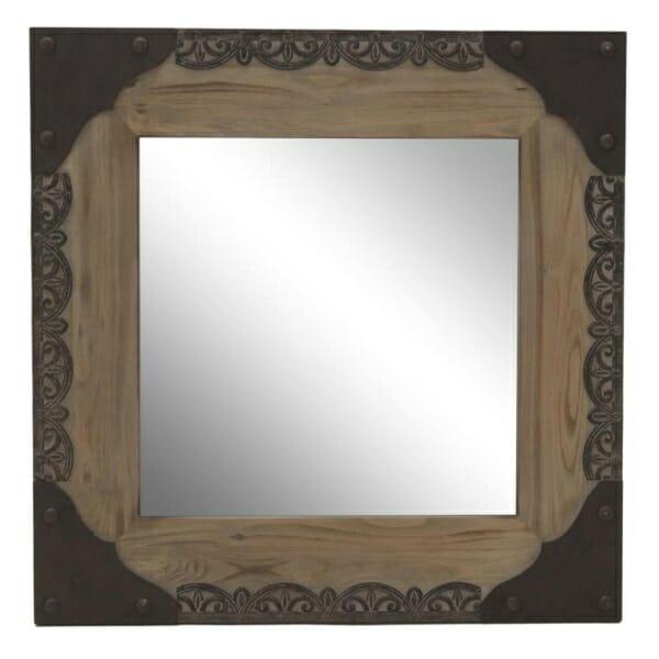 Огледало за стена с красив обков