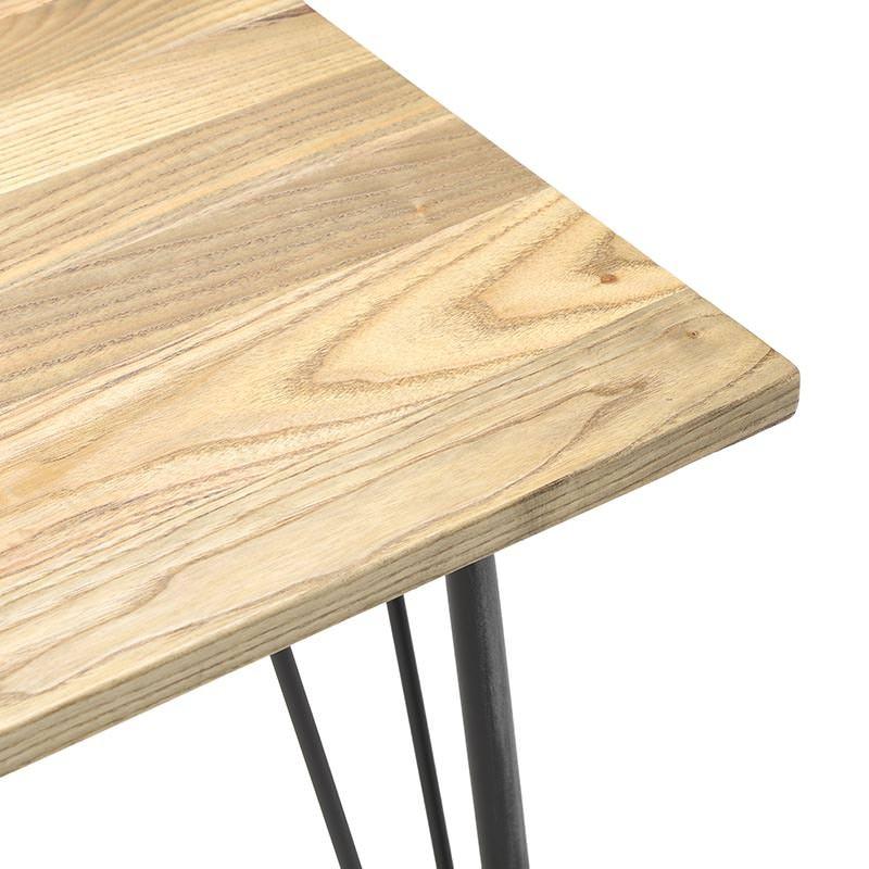 Трапезна маса с дървен плот