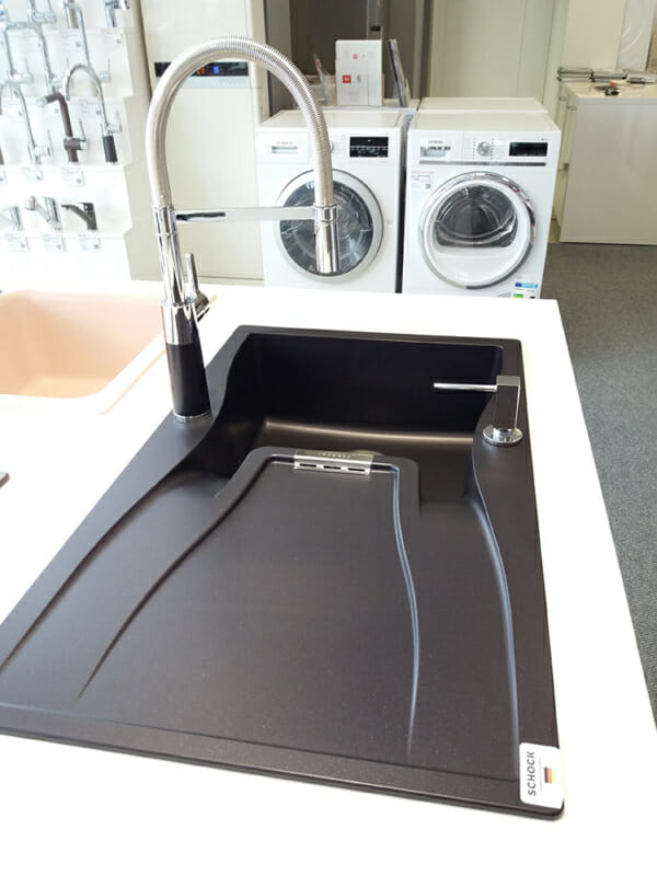 Цветен смесител за кухня SCHOCK SC550-реална снимка