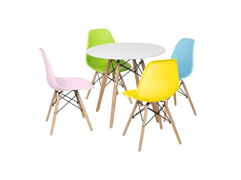 Бяла кръгла трапезна маса и столове в скандинавски стил