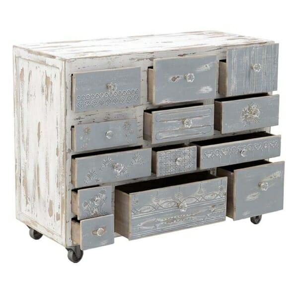 Дървен шкаф на колелца - отворен