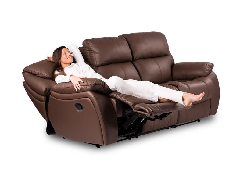 Кожени дивани в магазина на GranDecor
