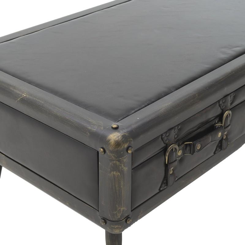Холна маса във формата на стар куфар - отблизо