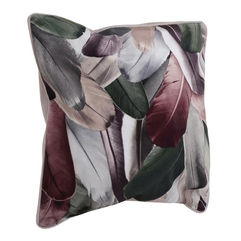 Декоративна възглавница с принт на пера