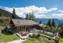 Уникална планинска вила изцяло от дърво