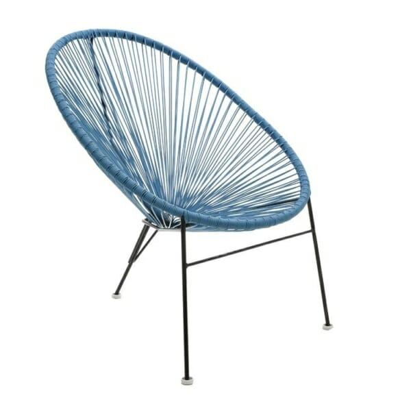 Атрактивен стол с оригинален дизайн в синьо
