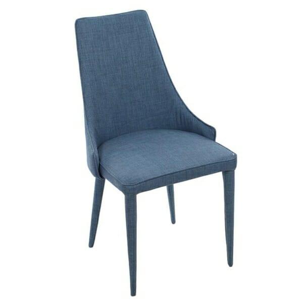 Изцяло тапициран стол с извита облегалка в синьо