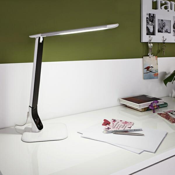Модерна работна LED лампа за офис бюро серия Sellano-интериор