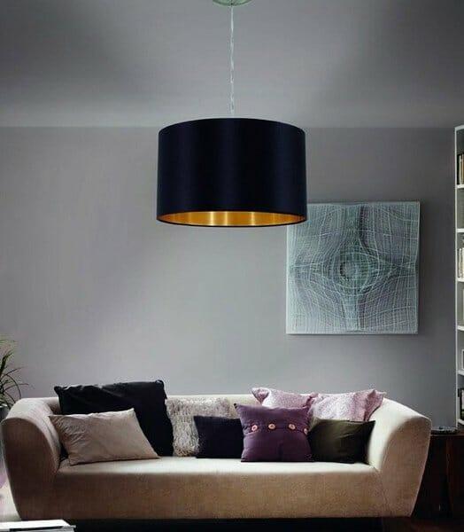 Хол с пендел от текстил в цвят черно и златно серия Maserlo, над диван