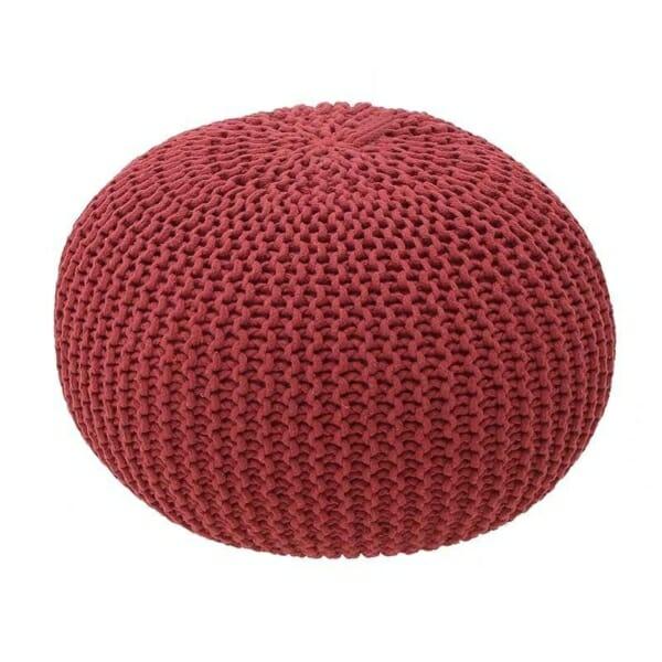 Плетена пуф табуретка в червено