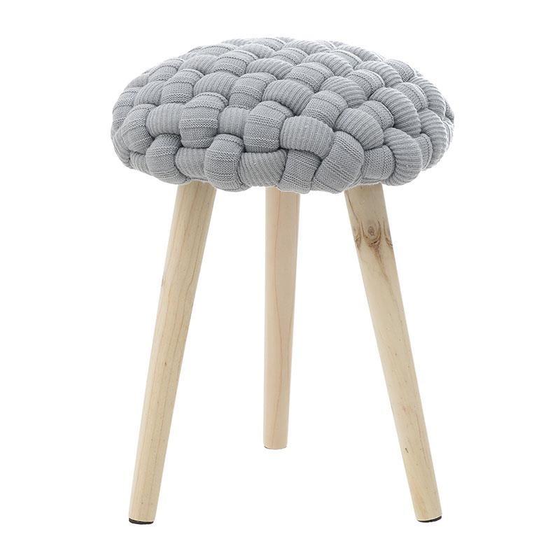 Кръгла плетена табуретка с дървени крака в сиво