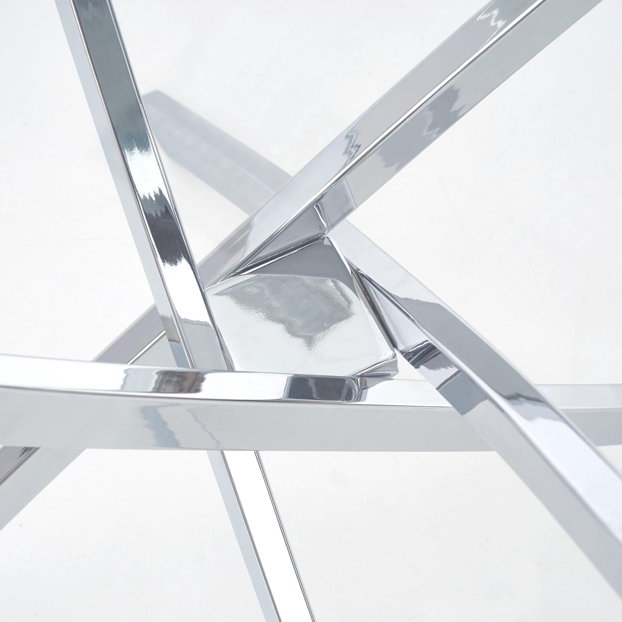 Кръгла маса Кристал - близък план