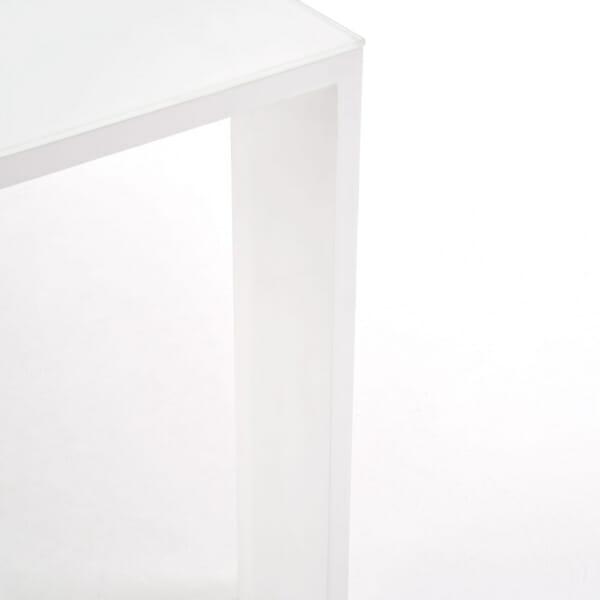Бяла маса Идеал - крак отблизо