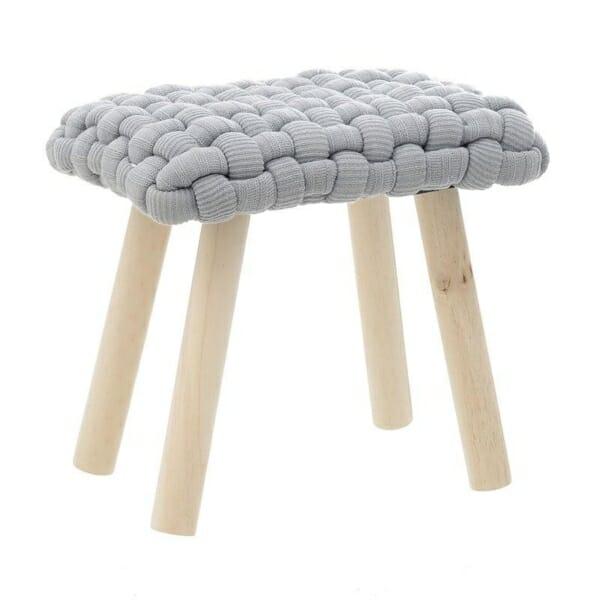 Ниска табуретка със седалка от едра плетка