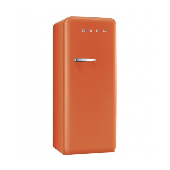 Оранжев хладилник Smeg в ретро стил от 50те
