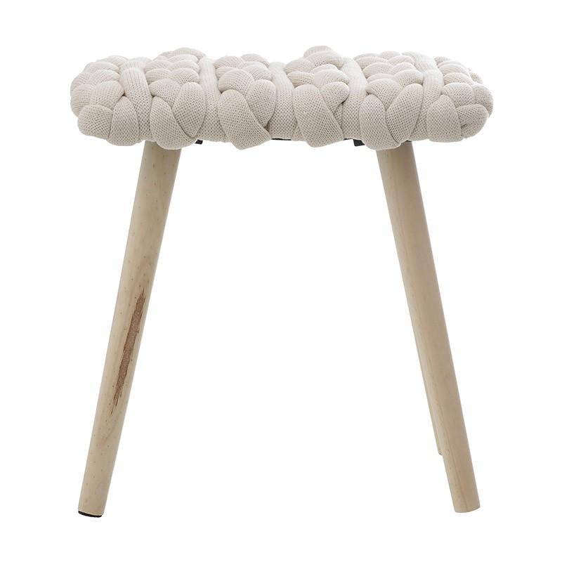 Табуретка с плетена седалка и дървени крака - отпред