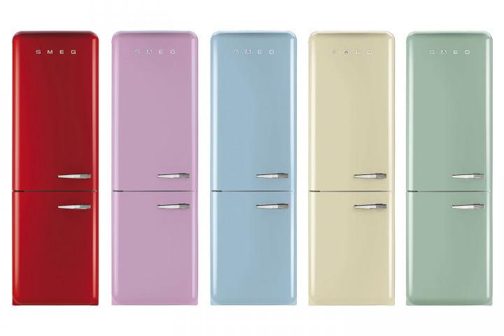 Цветни хладилници в ретро стил с фризер