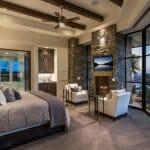 Луксозна спалня с камина