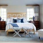 Луксозна спалня със сини акценти