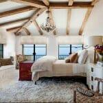 Луксозна таванска спалня