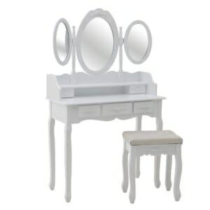 Бяла тоалетка с трикрилно огледало и табуретка