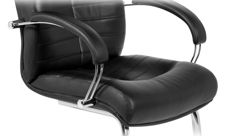 Луксозен кожен посетителски стол-седалка