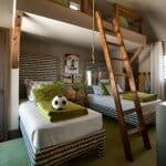 Детска стая с четири легла