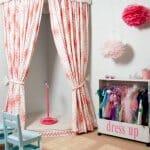 Детска стая с мини сцена