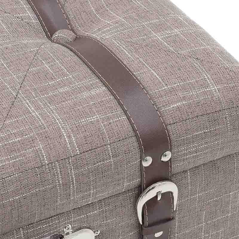 Табуретка куфар с място за съхранение - отблизо