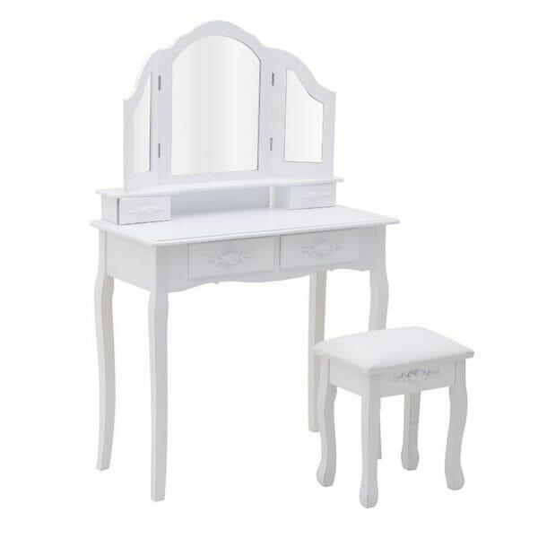 Тоалетка с три огледала и табуретка
