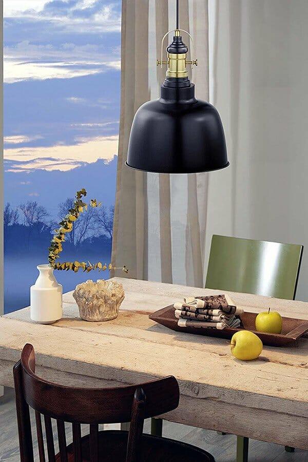 Черен пендел в индустриален стил серия Gilwell - монтиран в трапезария