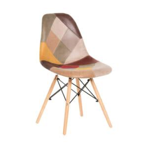 Шарен стол на кръпки с дървени крака